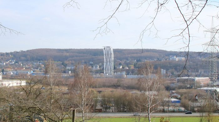 Im Team mit dem Architekten Gerhard Spangenberg planen schlaich bergermann partner seit Oktober 2015 den 90 m hohen Büroturm Ardex Tower für den Bauchemie-Spezialisten Ardex Gmbh in Witten.