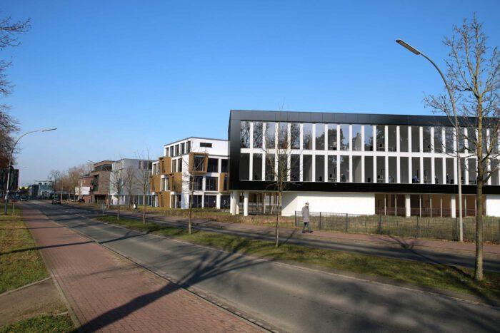 Städtebauliche Beurteilung der sich neu entwickelnden Raumkanten in der Rheiner Strasse.